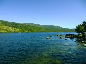 lake-456885_960_720